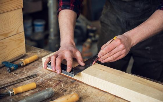 Fabricant meubles bois massif Occitanie